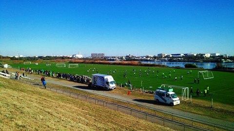 20141207_湘南今年最後の馬入全体練習 (1).jpg