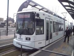 田崎橋から市電.jpg