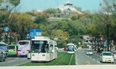 20130107市電と熊本城.jpg
