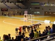 23_神戸の選手が湘南側にあいさつ.jpg