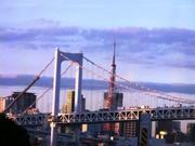 ゆりかもめからレインボーブリッジ&東京タワー.jpg