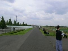 ベル八先生オープニングの道.jpg