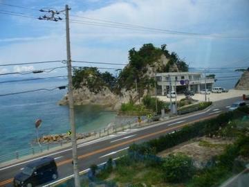 予讃線の車窓.jpg