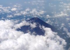 機窓から富士山2.jpg
